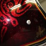 peinture presonnalisée sur base rouge metal flakes