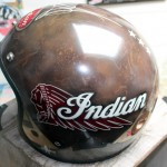 peinture personnalisee style cuir vintage et logo Indian
